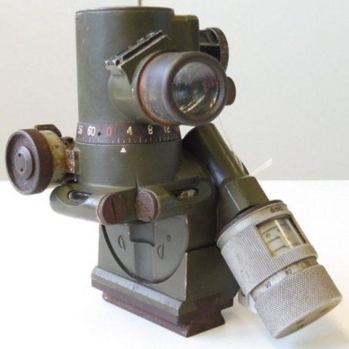 Прицельное приспособление MGZ36 к пулемету MG-36.