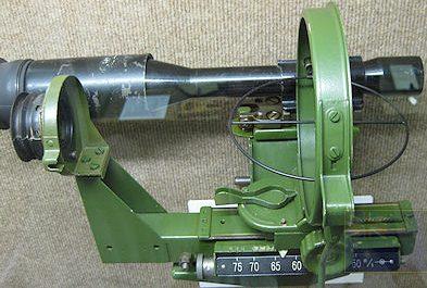 Оптический прицел ZF 3x8 в прицельном устройстве «Linealvisier 21» 20-мм зенитных орудий Flak-28, Flak-30, Flak-38.
