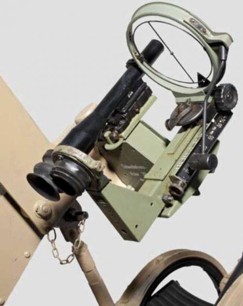 Прицельные устройства «Linealvisier 21» на 20-мм зенитных орудиях.