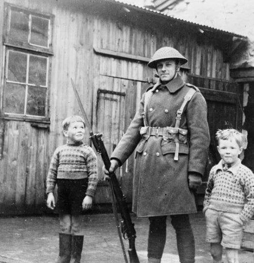 Британские солдаты во время оккупации Фарер.