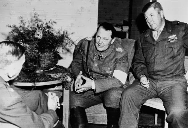 Герман Геринг в плену. 1945 г.