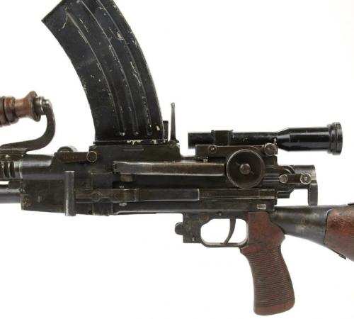 Пулемет М-96 с прицелом M-090 (4х10).