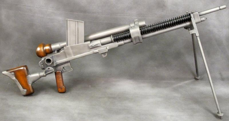 Пулемет Тип 97 с оптическим прицелом.