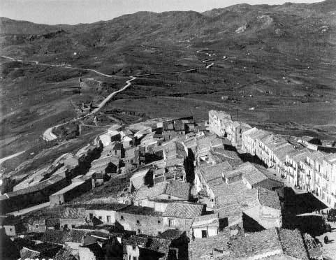 Город Троина, 1943 г.