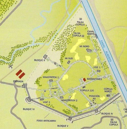 План форта на местности. Серым цветом в двухстороннем пунктире обозначены подземные галереи.
