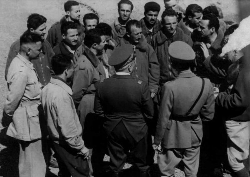 Пилоты, принимавшие участие в бомбардировке.