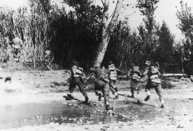 Бойцы 2-го польского корпуса в битве за Анкону.