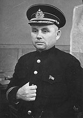 Вице-адмирал Ф.С. Октябрьский – самый бездарный командующий советским флотом.