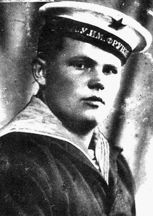 Сохранившаяся фотография Ивана Свистуна -лоцмана парохода «Ленин».