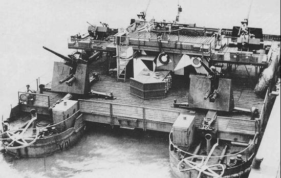 Баржа «Siebel», подготовленная для операции «Морской лев».
