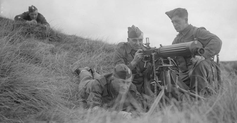 Ополчение в тренировочном лагере Альткар. 11 сентября 1940 г.