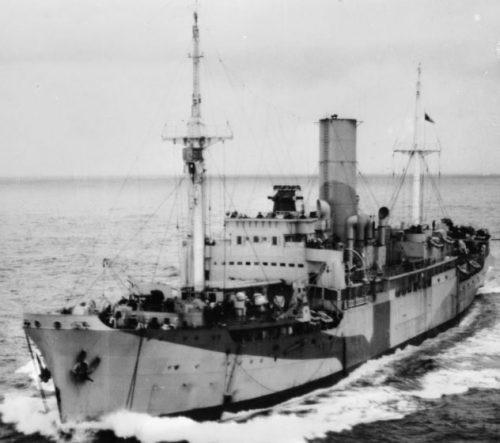 Вспомогательный минный заградитель «Порт Квебек» в Атлантическом океане. 1940 г.