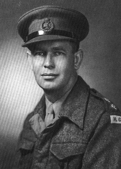 Лейтенант Перси Реджинальд Такер из Бермудского ополчения.1940 г.