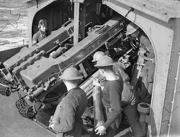 Спаренное орудие 4,7 дюйма QF MkXII. HMS «Javelin», 1940 г.