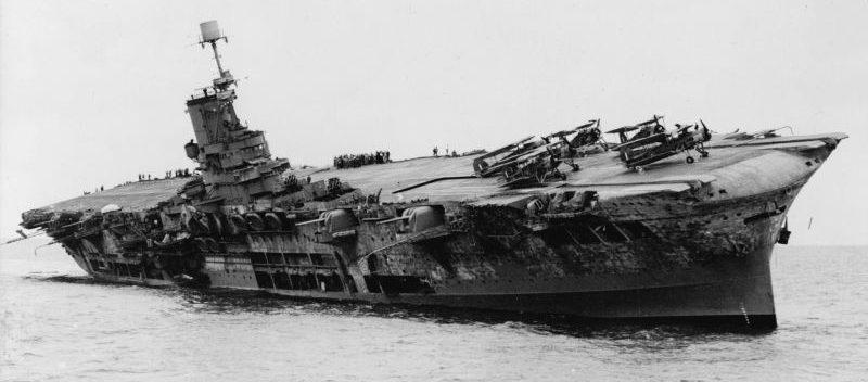 Тонущий авианосец «Арк Ройал». 13 ноября 1941 г.