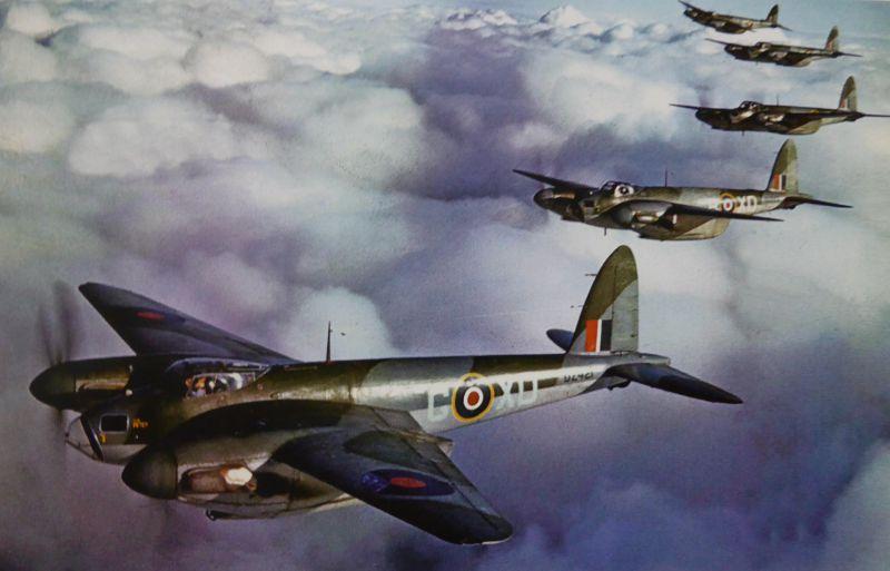 Скоростные «Москито» в полете. Февраль 1943 г.