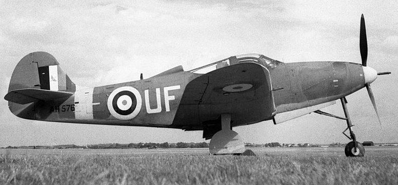 Американский истребитель Bell Airacobra Mk.I 601-й эскадрильи ВВС Великобритании, 1941 г.