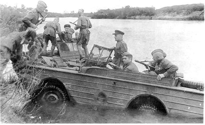 Амфибия Ford GPA, поставляемая по Ленд-лизу на вооружении батальона ОСНАЗ.1944 г.